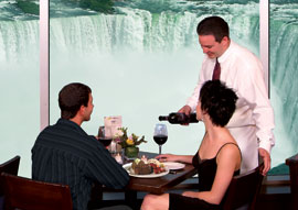 Fallsview Dining - Ramada by Wyndham Niagara Falls Near the Falls